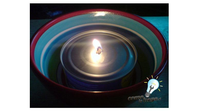 Cómo armar una lampara de emergencia en base a… ¿atun?