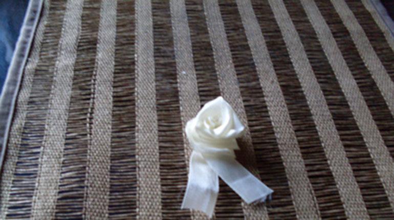 Cómo hacer una rosa de género