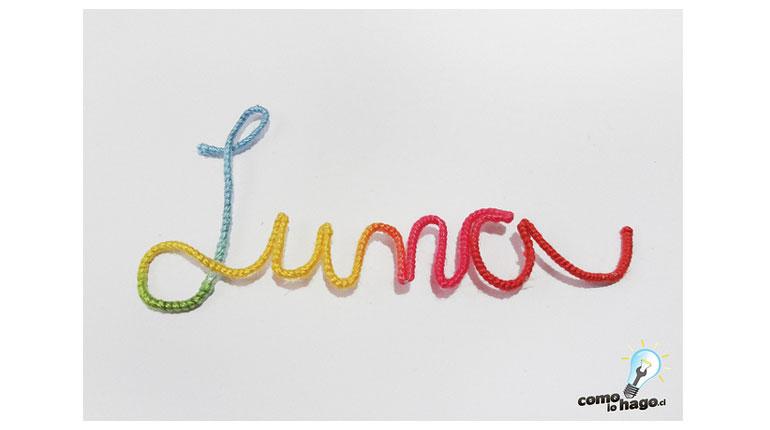 Cómo hacer una palabra decorativa con alambre