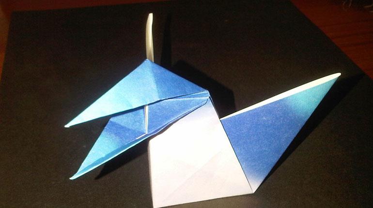 Cómo hacer una urraca de papel con origami