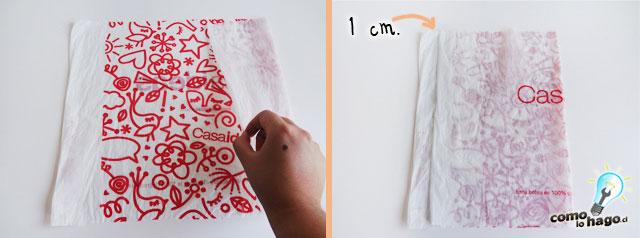 Doblando la bolsa - Cómo hacer hilo plástico casero