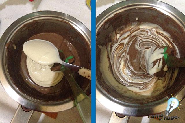 Mezclando el chocolate y la crema - Cómo hacer una marquesa de chocolate