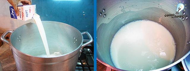Agregando la leche - Cómo hacer postre bocado de la reina
